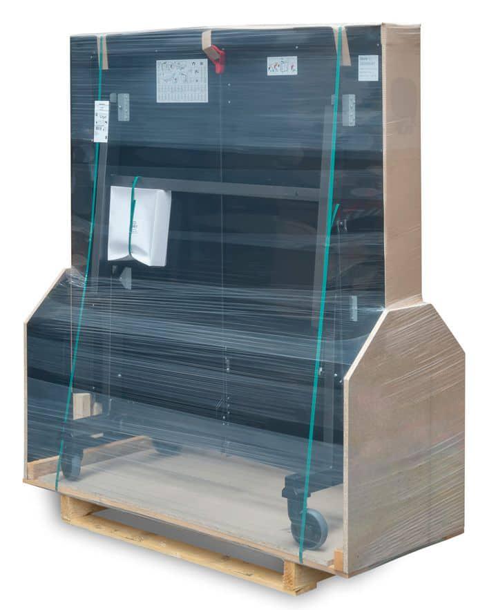 Weltpremiere: Lieferung des vormontierten Tischtennistisch in spezieller Box